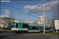Alsthom TFS (Tramway Français Standard) – RATP (Régie Autonome des Transports Parisiens) / STIF (Syndicat des Transports d'Île-de-France) n°203