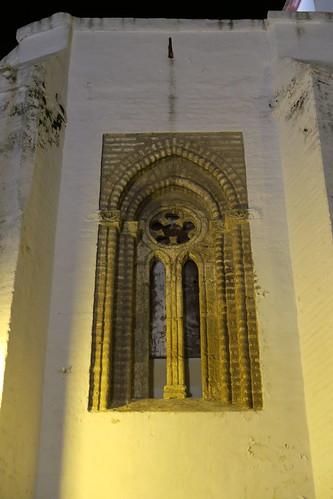 Iglesia de Santa María - Ventana en la cabecera