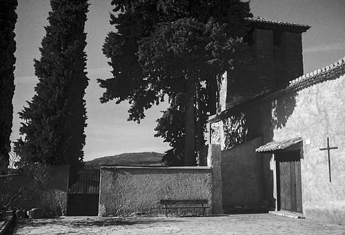 Alpedrete de la Sierra, Iglesia Parroquial y cementerio.