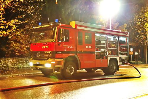 Mercedes Actros Feuerwehr Wettingen 8.11.2019 2631