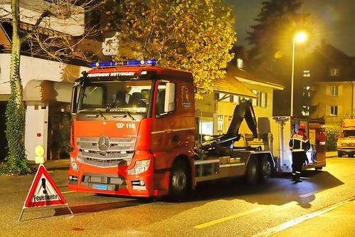 Mercedes Actros Feuerwehr Wettingen 8.11.2019 2637