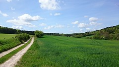 Going up the country. - Photo of Villiers-le-Duc