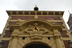 Poort naar het Binnenhof in Den Haag (136FJAKA_3243)