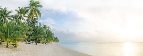 Traveling the World: Aitutaki Beach
