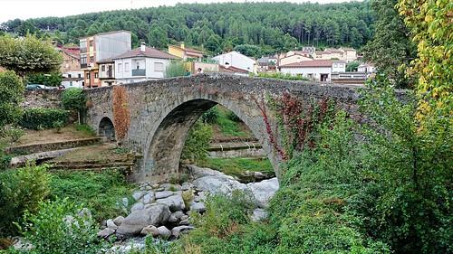 Puente medieval de Aquelcabos, sobre el río Arenal, Arenas de San Pedro, Ávila