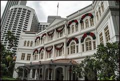 Singapore Raffles Hotel Entrance-1=
