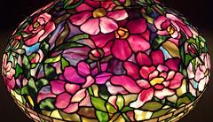 peony table lamp detail - Tiffany Studios