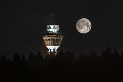 Full moon and Puijo tower
