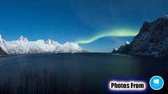 Photos From Windows 10 Launch Screen 13 - Snow Mountain Lake Winter Northern Lights