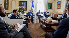 Danilo Medina da seguimiento a construcción de escuelas y estancias infantiles; alrededor de 50 centros educativos serán entregados