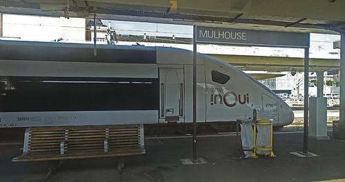 RD19000.  TGV inOui at Mulhouse.