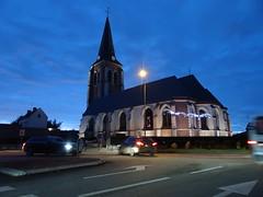 Santes, L'église Saint-Pierre de Santes.