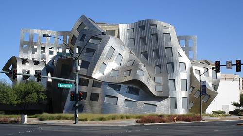 Nevada - Las Vegas: Lou Ruvo Center for Brain Health - another architectural highlight in Vegas (designed by Frank Gehry)
