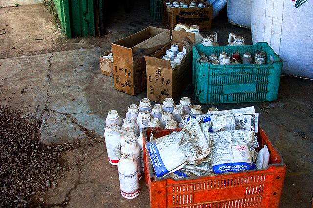 Agroquímicos ilegais oferecem maior risco, mas isso não pode servir para defender o uso dos venenos legais, diz coordenador de campanha - Créditos: Ibama/Reprodução