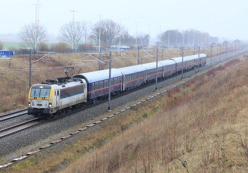 NMBS 1881 met ÖBB Nightjet 324 Wenen Brussel Zuid