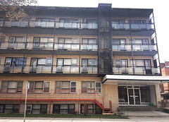 Murder Location - 5720, Boulevard Décarie, Montréal