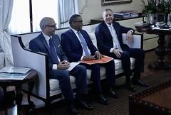 presidente Danilo Medina  y funcionarios del Gobierno reunieron con la empresa canadiense Lemay