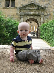 FR11 5584 Baby James. Château des Ducs de Joyeuse. Couiza, Aude