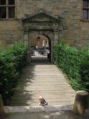 FR11 5556 Baby James. Château des Ducs de Joyeuse. Couiza, Aude