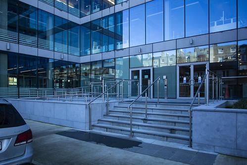 Linkedin-Lad lane entrance HSfS