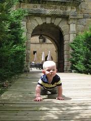 FR11 5555 Baby James. Château des Ducs de Joyeuse. Couiza, Aude