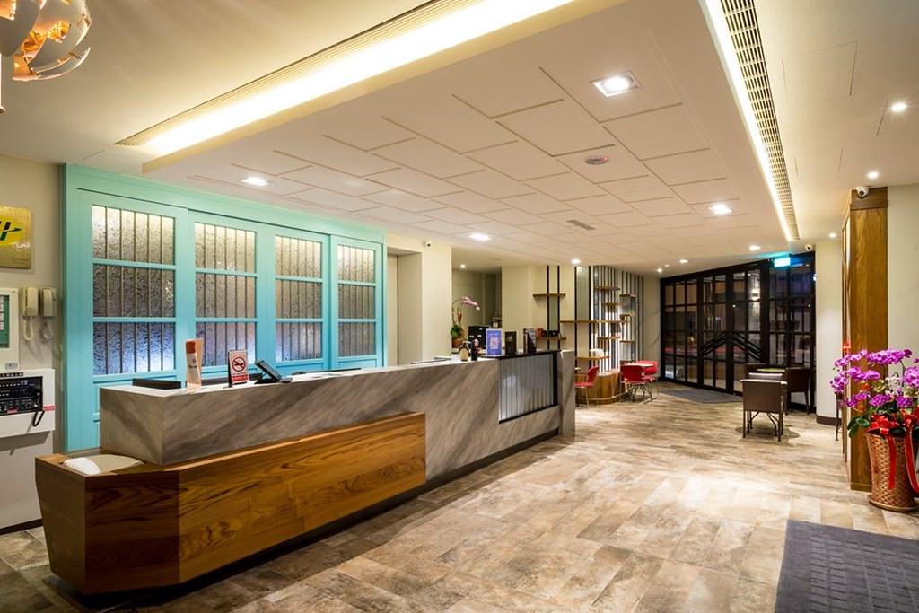 Double Pretty Hotel 2
