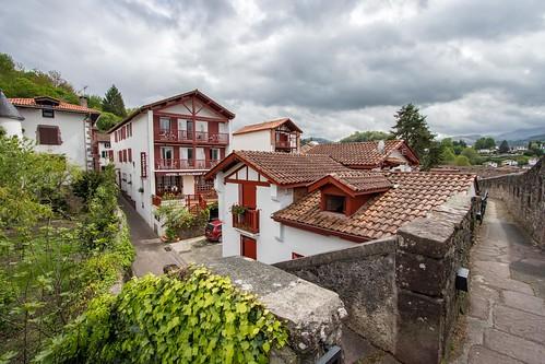 Chemin de ronde, Saint-Jean Pied de Port [Pays basque, France] [Explore n°175 du 15/01/2020]