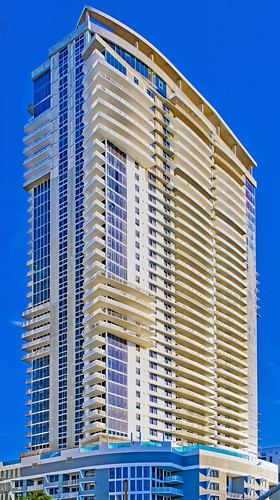 Riverwalk Residences of Las Olas. 333 N. New River Drive, Fort Lauderdale, Florida, USA / Built: 2020 / Floors: 42 / Architect: Borges & Associates Architects