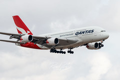 Qantas Airbus A830-8 on approach to DFW Airport