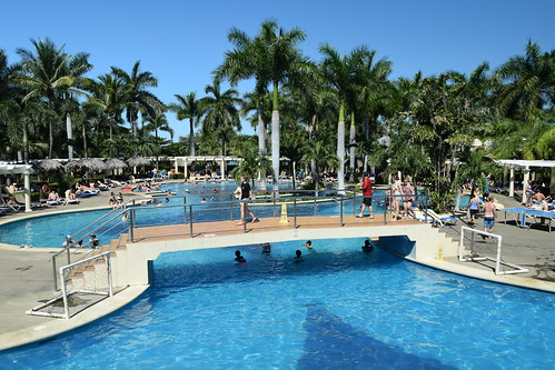 Costa Rica. Guanacaste. Hotel Rui Guanacaste. Swimming pools, including aduts only swim up bar.