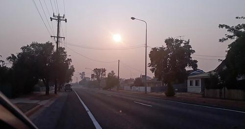 20200102_072256 smokey morning at West Wyalong