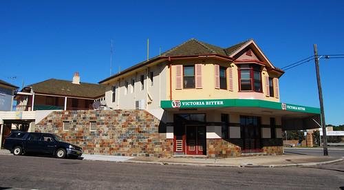 Royal Oak Hotel, Tighes Hill, Newcastle, NSW.