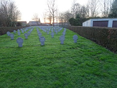 Bauvin Pierre André Leclercq 12 h · Modifié ·  le cimetière militaire allemand 1914-1918 situé derrière le cimetière communal - Photo of Fromelles