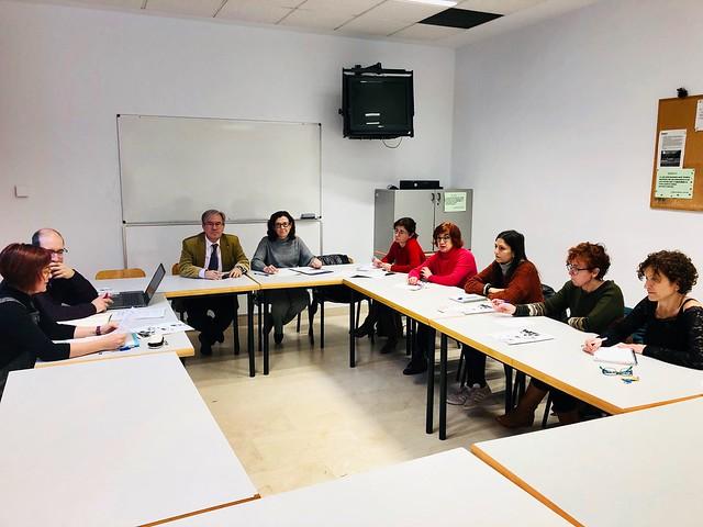 Reunión de trabajo con Amigos de los Mayores en barrio de San José de Zaragoza