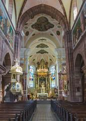 Église abbatiale Saint Cyriaque d'Altorf - À chemin entre roman et baroque