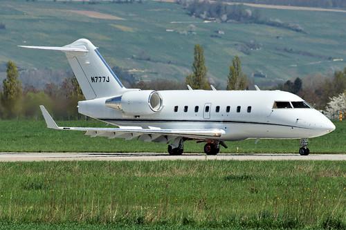 N777J (cn 5433)Canadair CL-600-2B16 Challenger 604 Michael Kors Inc