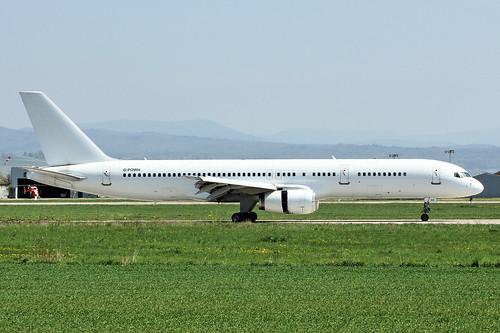G-POWH (cn 29308/935)Boeing 757-256 Titan Airways