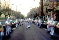 Gallipoli (LE), 1994, Sabato Santo: la processione della Desolata e del Cristo Morto all'alba del Sabato Santo.