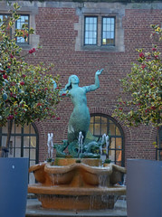 Guild of Students, University of Birmingham - Mermaid fountain
