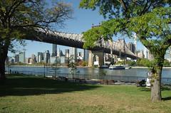 Queens Bridge Park,...Roosevelt Island & Manhattan.