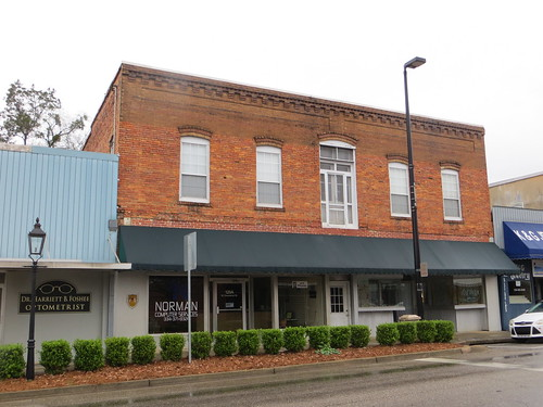 Commercial 120 W Commerce Greenville AL