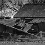 Ramshackle Barn by Phil Luck