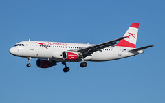 EGLL - Airbus A320 - Austrian Airlines - OE-LXD