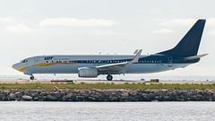 Boeing 737-800 LOT