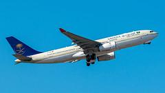 A330-200 Saudia - Photo of Le Rove