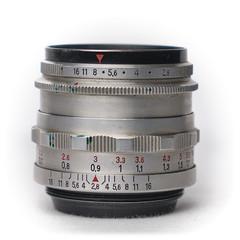Carl Zeiss Jena Tessar 50mm f/2.8 silber M42 (1956)