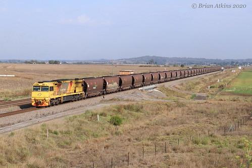 IMG_3076 5032 train 5002 Whittingham MR914 20.1.20_1