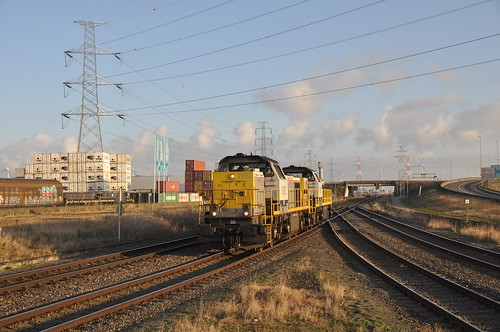 Lineas 7852+7767 Antwerpen Y Kruipin