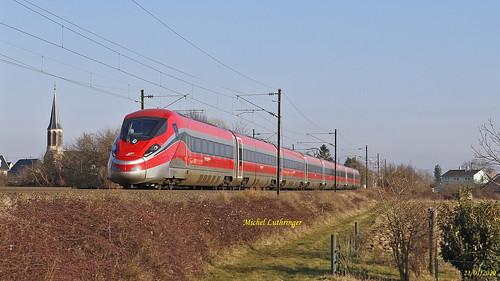 ETR 1000-Frecciarossa- Rame 25 Marche essai 802100 Mulhouse Nord-Hausbergen à Raerdersheim