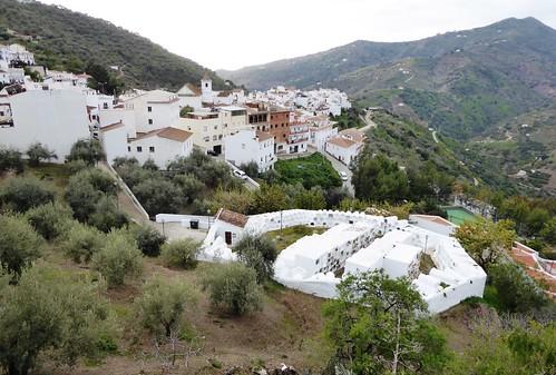 Sayalonga (Málaga-España). Sayalonga y su cementerio redondo